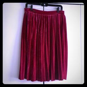 NWT Berry Velvet Pleated Skirt